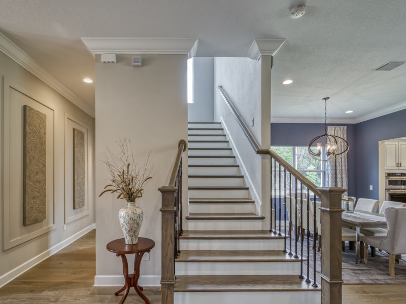 hickory breeze staircase